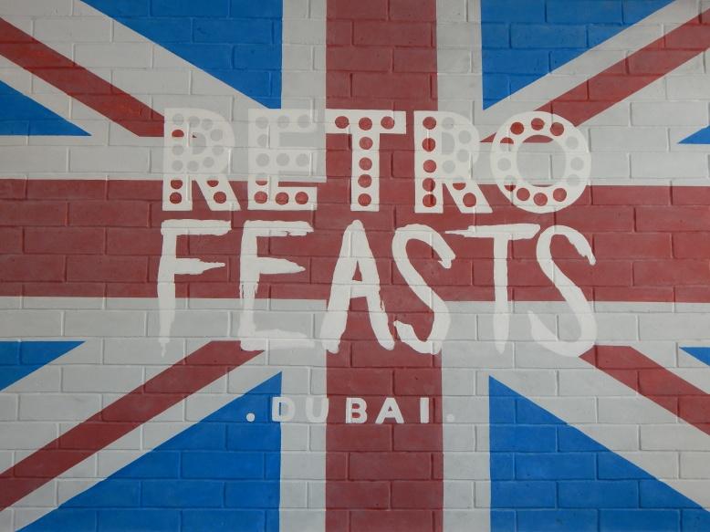 La famosa bandera británica está presente en gran parte de la decoración del local